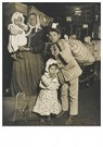 Lewis Hine(1874-1940)  -  Immigrants, Ellis Island, 1905 - Postcard -  A16748-1