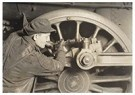 Lewis Hine(1874-1940)  -  Driving Wheel Of Locomotive - Postcard -  A16769-1