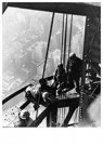 Lewis Hine(1874-1940)  -  Empire State Building, New York City - Postcard -  A16780-1